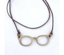 Halsband mit Brille